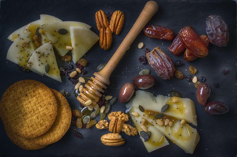 Caciotta and chestnut honey